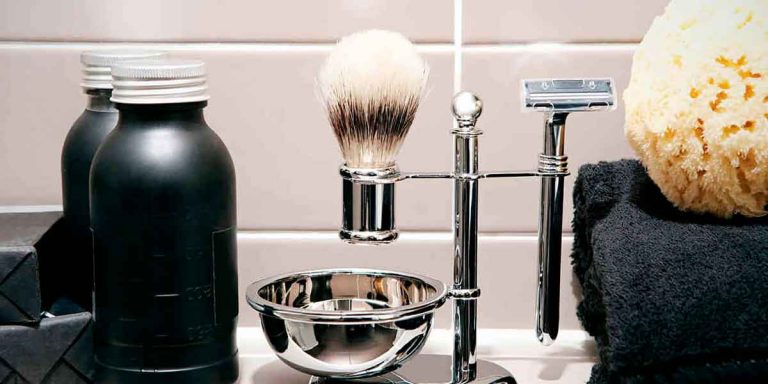 Best Men's Shave : Place Your Face into Qualified Hands